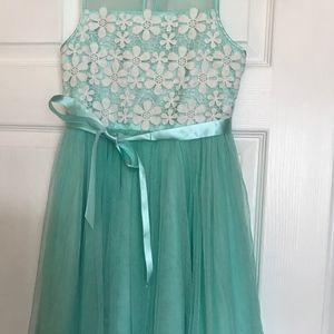 Emily West mint color dress size 10